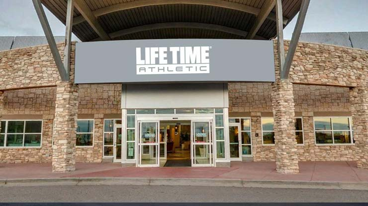 Life Time Fitness Flatirons, the premier health club in Parker, CO