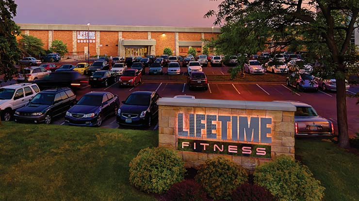 The front of Life Time Athletic, the best athletic club in St. Louis Park, MN