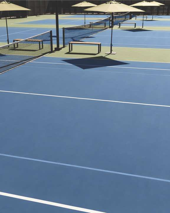 Outdoor tennis courts at Life Time