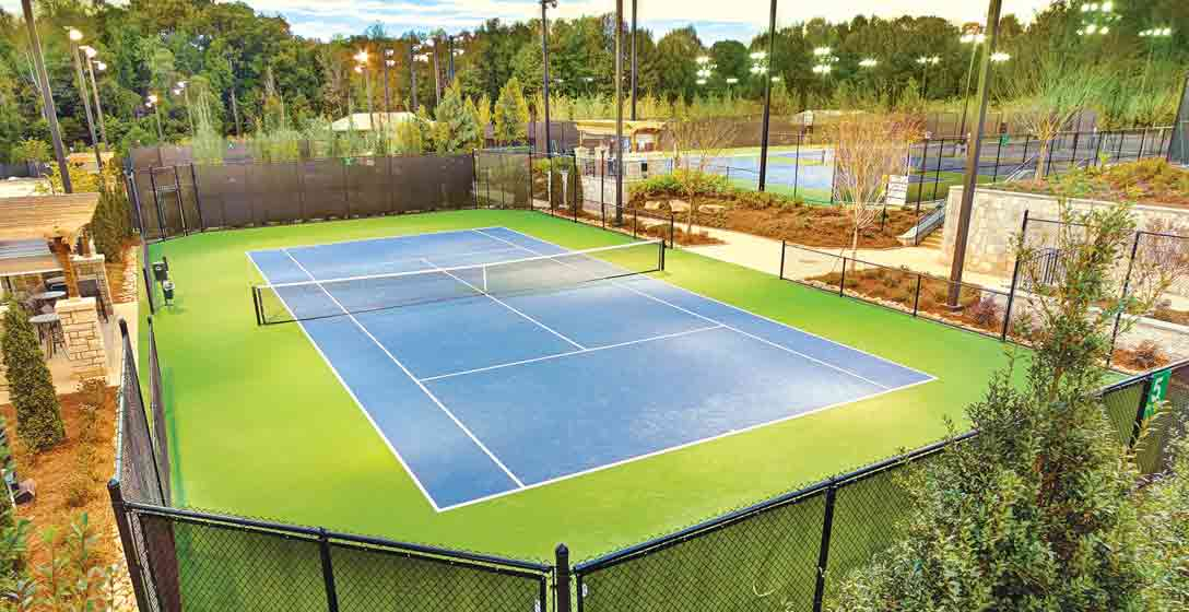 An outdoor tennis court